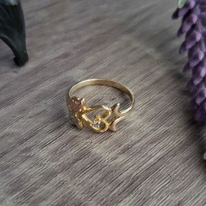 Sz 7 12k gold black hills gold heart & leaf ring